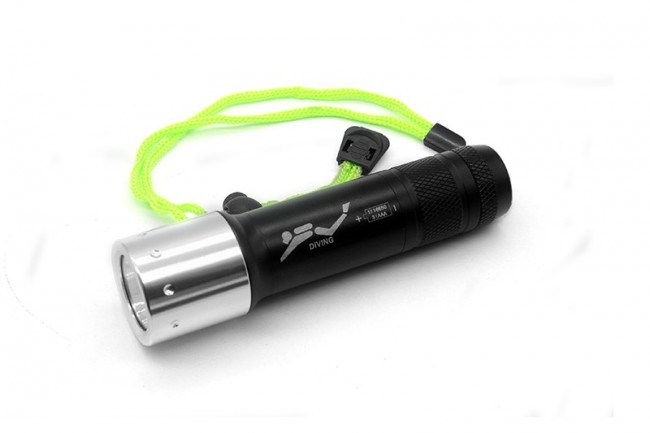 Underwater 100 Meters Powerful Cree XML T6 3800 LM Led Flashlight